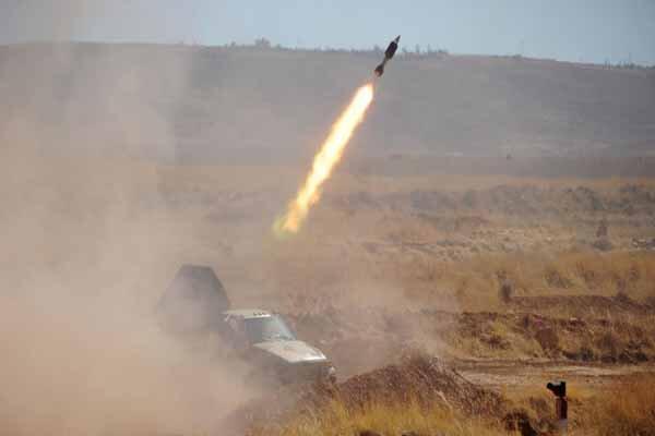 انهدام 2 خودرو زرهی بمبگذاری شده تروریستها در جنوب شرق ادلب