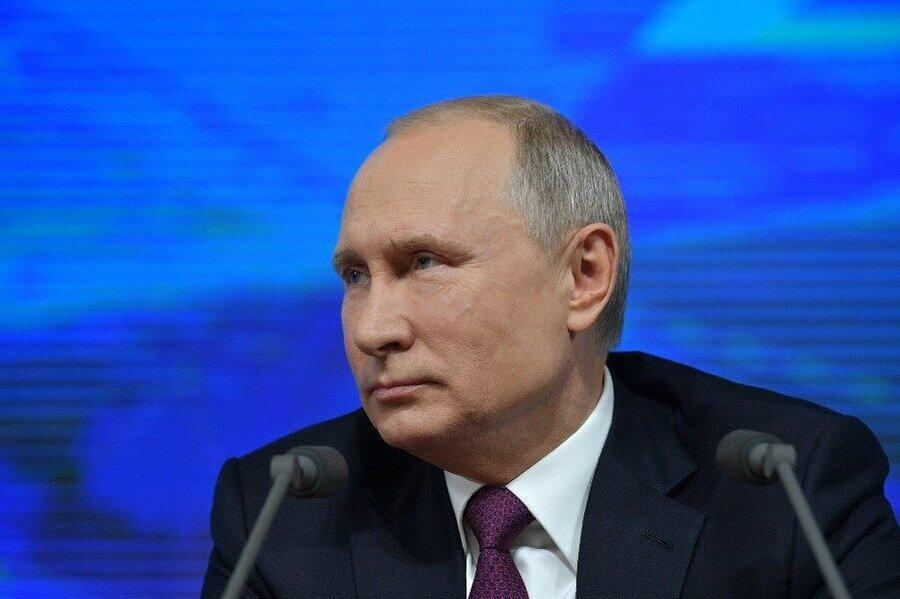 پوتین: رئیس جمهور و مدیران ارشد نباید دوتابعیتی باشند ، ممکن است وفاداری دوگانه داشته باشند