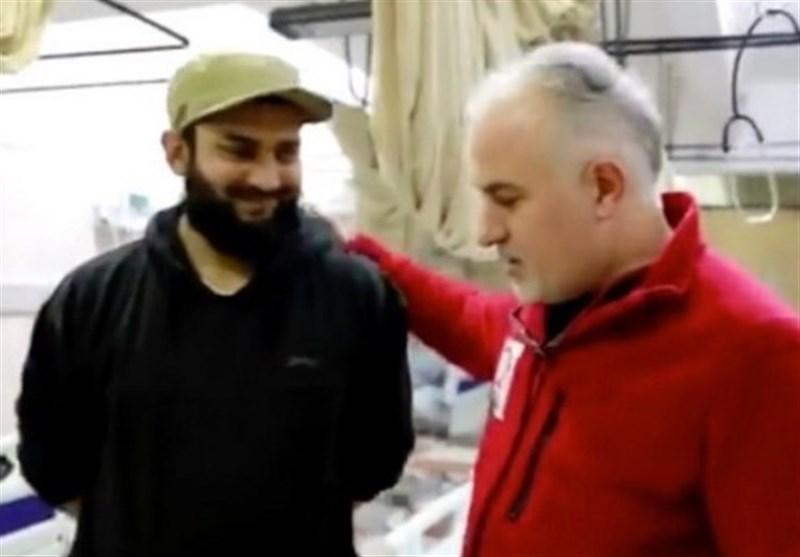 عکس یادگاری رئیس هلال احمر ترکیه با پزشک تکفیری در ادلب جنجال آفرید