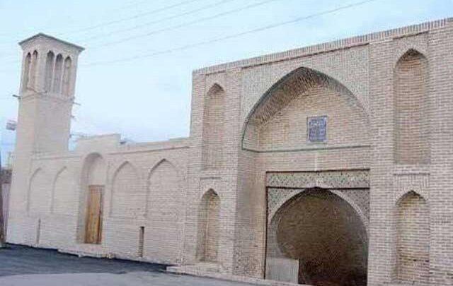 چاه باعث نم زدگی مسجد باغخواص ورامین
