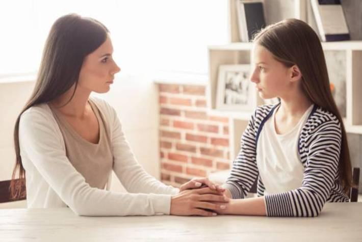 بهترین و مناسب ترین نوع برخورد با فرزندان در سن بلوغ