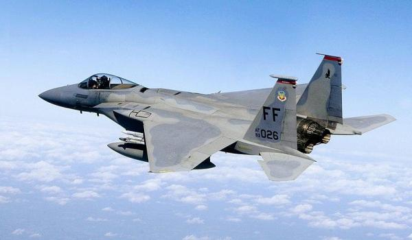سقوط جنگنده اف-15 آمریکا در شرق بریتانیا