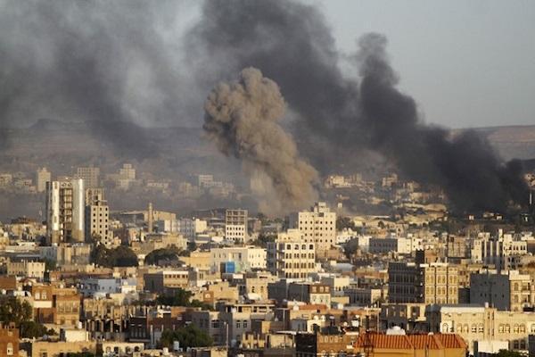 جنگنده های ائتلاف صنعاء را بمباران کرد خبرنگاران