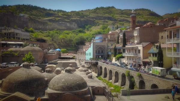 کارت پستال از گرجستان؛ چشمه های آب گرم تفلیس قدیم
