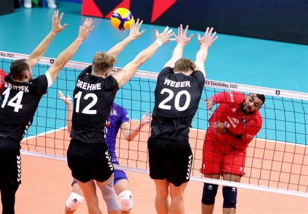 تور هلند ارزان: والیبال قهرمانی اروپا، پیروزی هلند با درخشش عبدالعزیز، اقدام عجیب سرمربی آلمان مقابل قهرمان المپیک
